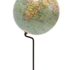 Prof. Dr. A. Krause Nieuwe Globe voor den Leerling. Doorsnede 12 cm. Schaal 1:106000000 Uitgave: Paul Räth. G.m.b.H. Leermiddelenfabriek Leipzig.