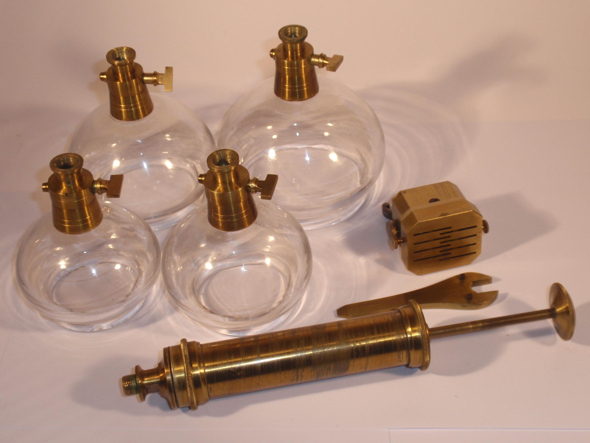 Fine Cupping Set, ca. 1820 – 1860