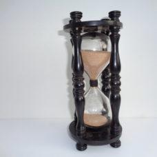 An 18th century hourglass Sandglass