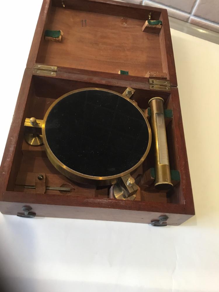 Antique artificial horizon in original mahogany case c 1900