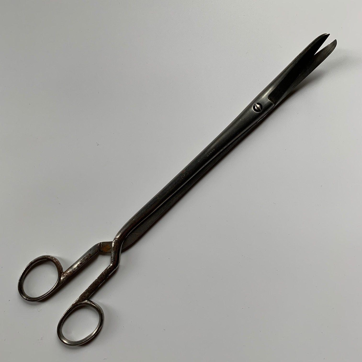 A Dubois' Embryotomy Decapitating Scissor, destructive obstetrical instrument