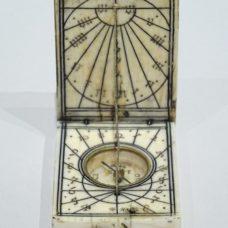 Ivory diptych sundial signed by Conrad II Karner made circa 1620.