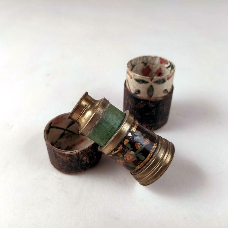 An exquisite tiny monocular + case