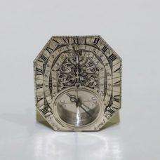 Horizontal octagonal silver sundial signed CHAPOTOT A PARIS