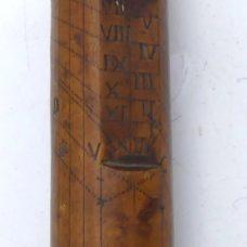 Unusual cylinder/pillar boxwood sundial, 18th century
