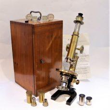 A superbe Reichert polarizing/mineralogical microscope, circa 1905-1906