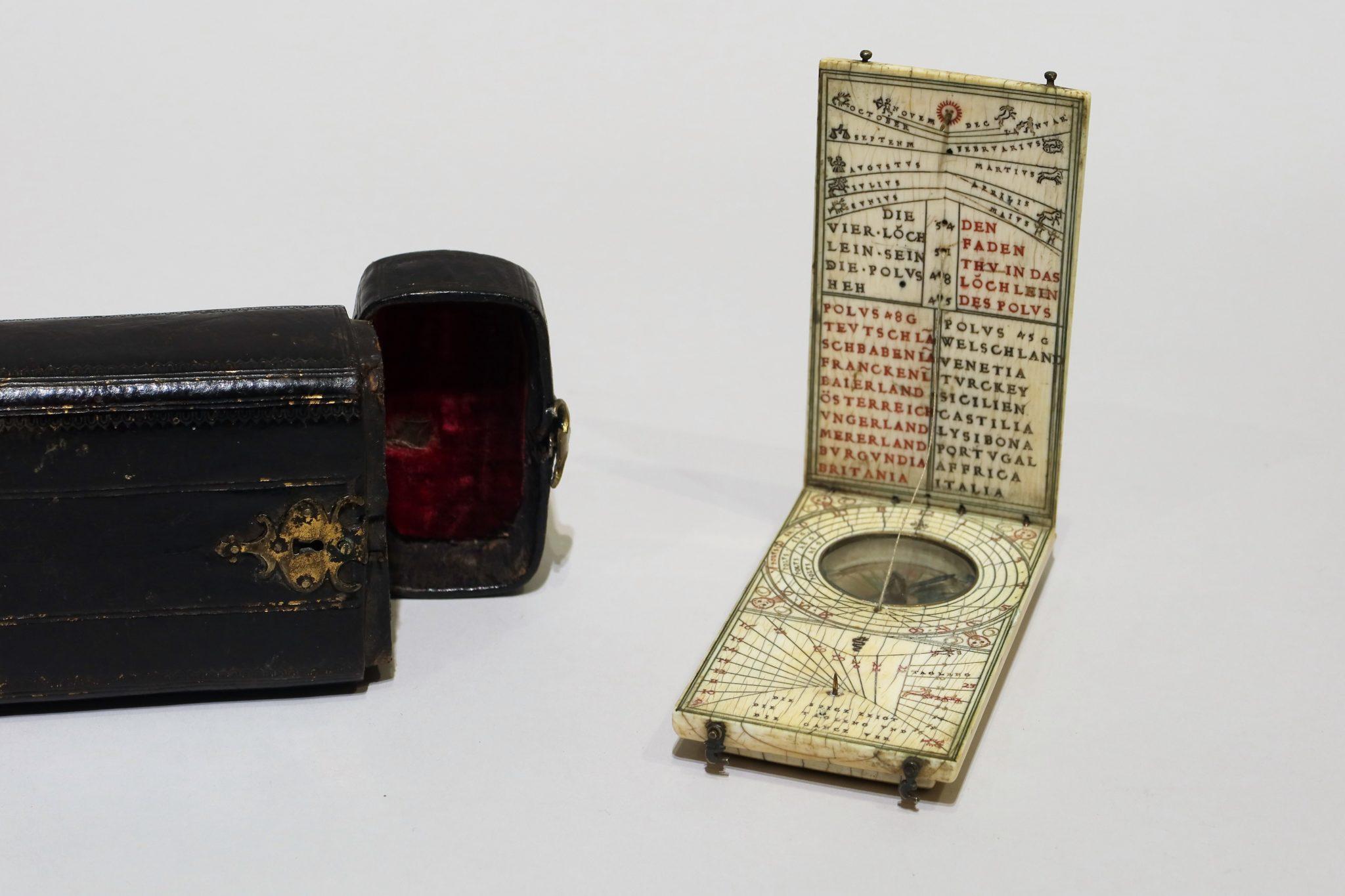 Multiple diptych ivory dial by Hans II Tucher – Nuremberg c.1585